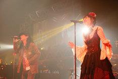 mpi&小林未郁(写真提供:SME Records)