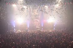 BULL ZEICHEN 88「BULL ZEICHEN 88円 ~おごるぜマジで~」東京・Zepp DiverCity TOKYO公演の様子。