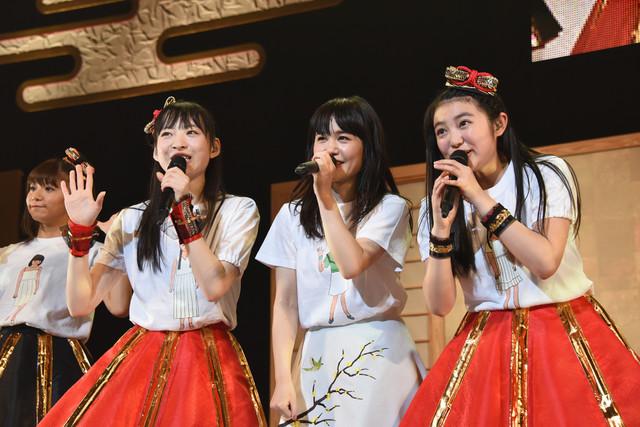 左から星名美怜、松野莉奈、Nao☆、柏木ひなた。