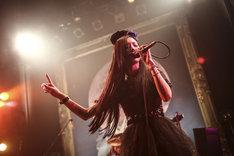 彩姫(Vo)(Photo by Shingo Tamai)