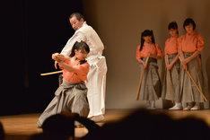 さくら学院「剣舞の授業 2」1時限目の様子。