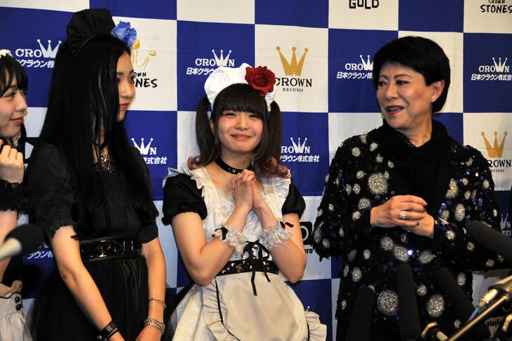 KANAMI(G)、彩姫(Vo)、小鳩ミク(G, Vo)、美川憲一。