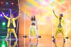 DANCE EARTH PARTY (c)TBS