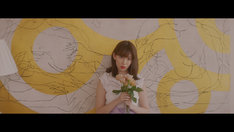 AKB48「気づかれないように…」ミュージックビデオのワンシーン。(c)AKS