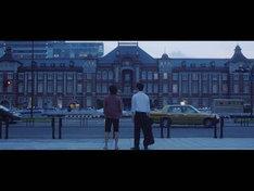 「東京」のワンシーン。