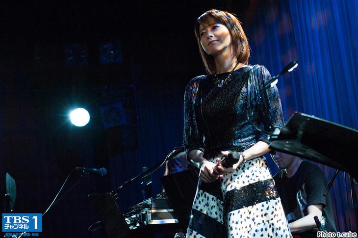 森高千里「HAVE FUN TONIGHT CHISATO MORITAKA」東京・COTTON CLUB公演の様子。