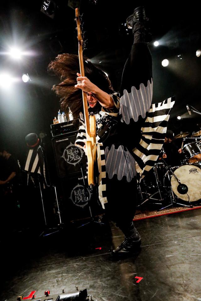 KenKen(B, Vo) / RIZE)(Photo by HAJIME KAMIIISAKA)