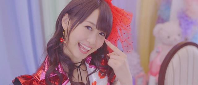 芹澤優「Voice for YOU!」ミュージックビデオのワンシーン。