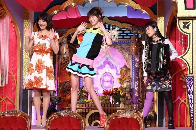 左から高田万由子、森星、小春(チャラン・ポ・ランタン)。(c)日本テレビ