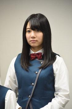 米谷奈々未。2017年4月に行われた、日本テレビ系ドラマ「残酷な観客達」制作発表会見の様子。