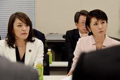 会合に出席した今井絵理子参議院議員(左)、三原じゅん子参議院議員(右)。