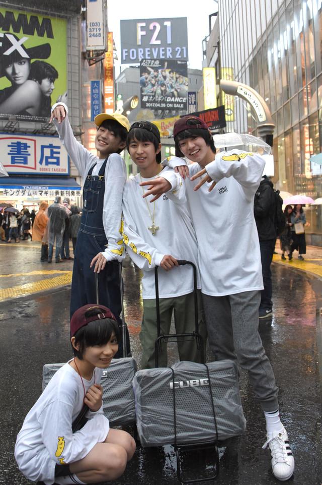渋谷にやって来たMAGiC BOYZ。