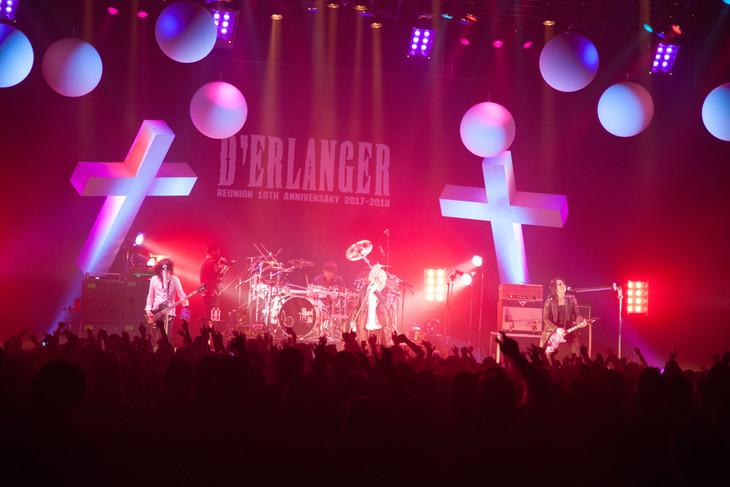 D'ERLANGER「REUNION 10th ANNIVERSARY -薔薇色の激情-」の様子。(撮影:松田隆)