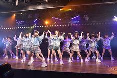 AKB48「サムネイル」公開ゲネプロの様子。