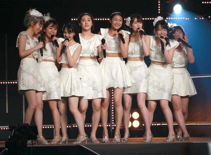 「アンジュルム コンサートツアー 2017春 ~変わるもの 変わらないもの~」最終公演の様子。(写真提供:アップフロント)