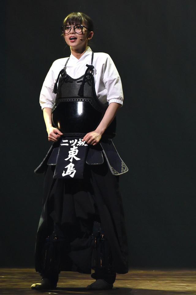 東島旭(齋藤飛鳥)