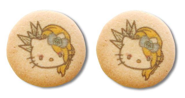 「yoshikittyプリントクッキー5缶セット」クッキー(c)1976, 2017 SANRIO CO., Ltd. APPROVAL NO.8580572 (c)2009, 2017 Japan Music Agency Co., Ltd.