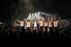 """中田裕二「TOUR 17 """"thickness""""」の様子。(撮影:渡邉一生)"""