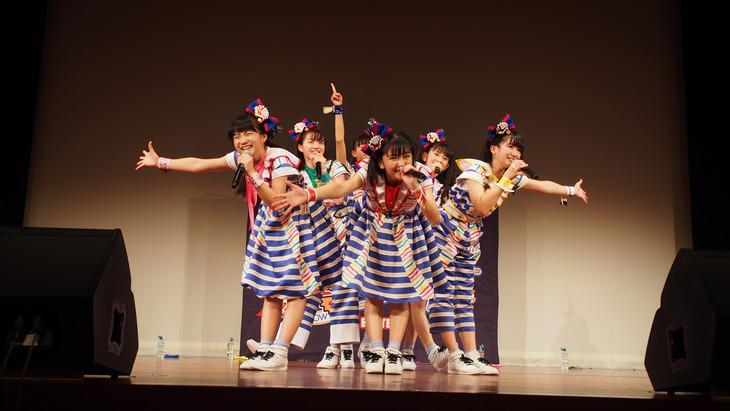 ばってん少女隊「アルバム出るけんのびしろ更に、ますとばい!」最終公演の様子。(写真提供:Colourful Records)