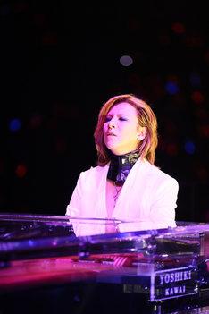 YOSHIKI(Piano, Dr)