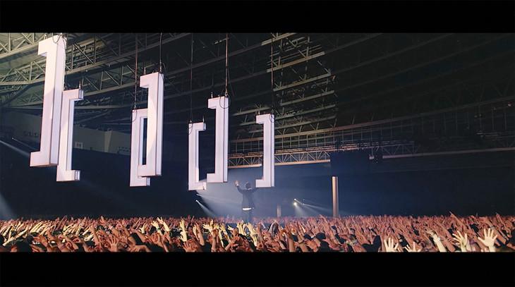 [Alexandros]「NEW WALL」ミュージックビデオのワンシーン。