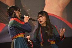 アユニ・Dとハシヤスメ・アツコ。