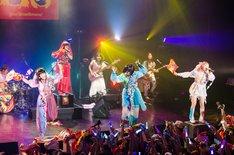 「ゆるめるモ!ディスコサイケデリカツアー」赤坂BLITZ講公演の様子。(写真:曽我美芽)