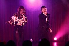 左からMeik、Shingo(APOTHEKE)。(写真提供:ソニー・ミュージックパブリッシング)