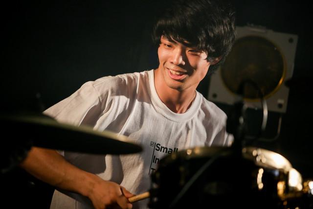 樹下卓弥(Dr / FOMARE)(Photo by Viola Kam [V'z Twinkle])