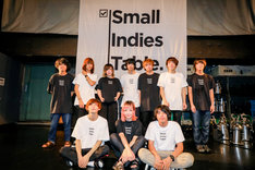「small indies table presents ONE COIN JOURNEY vol.1」に出演したyonige、KOTORI、FOMARE。(Photo by Viola Kam [V'z Twinkle])