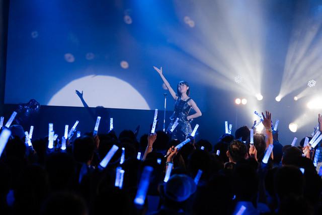 咲良菜緒(チームしゃちほこ)生誕ソロイベント「祝」愛知・DIAMOND HALL公演の様子。(Photo by HIROKAZU)