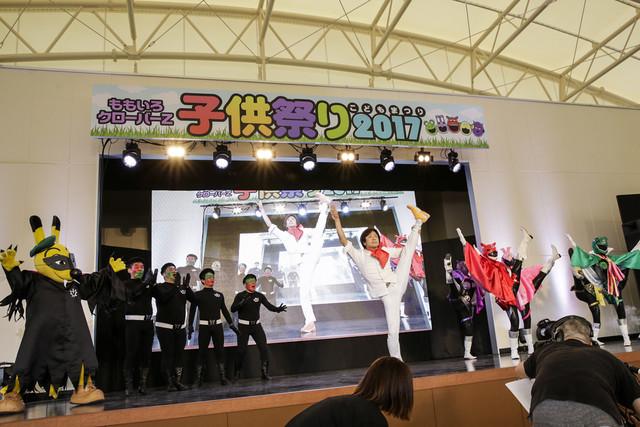 「子供祭り2017」で繰り広げられたヒーローショーの様子。(Photo by Aya Horiguchi)