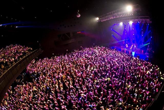「XYZ TOUR 2017 -SUMMER-」最終公演の様子。(撮影:堀卓朗、今田和也)