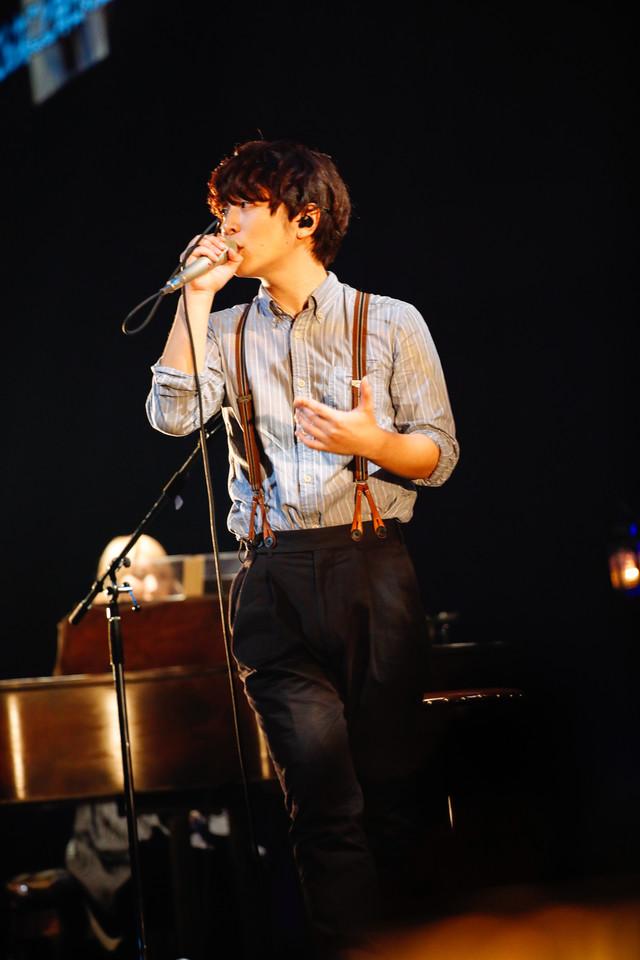 人気画像8位は「SEKAI NO OWARIが全国に思い届けた『ブレーメン』ライブ、横浜で終幕」より、Fukase(Vo, G)。(撮影:上山陽介)