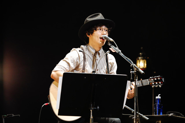 人気画像10位は「SEKAI NO OWARIが全国に思い届けた『ブレーメン』ライブ、横浜で終幕」より、Nakajin(G)。(撮影:上山陽介)