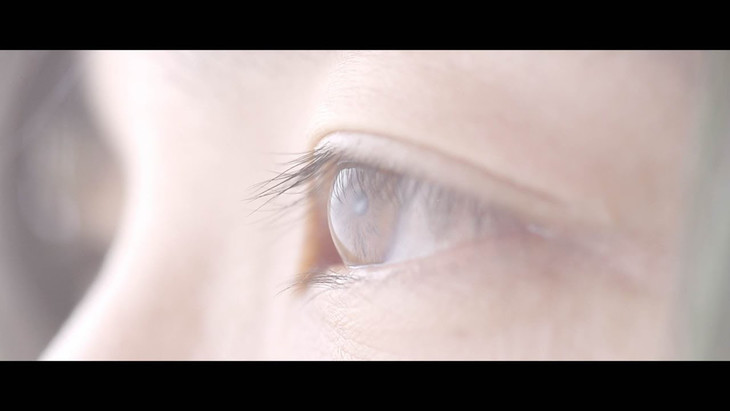 THE NOVEMBERS「最近あなたの暮らしはどう」ミュージックビデオのワンシーン。
