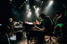 DC/PRGのライブの様子。(Photo by Ray Otabe)