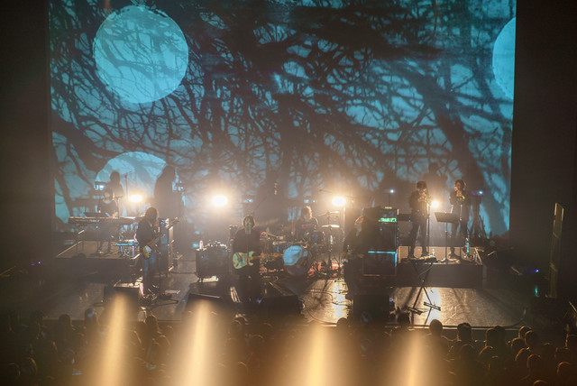 THE NOVEMBERS「TOUR - Before Today -」東京・マイナビBLITZ赤坂公演の様子。(Photo by Atsuki Umeda)