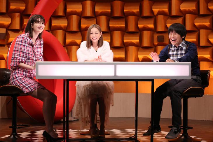 左からマギー、西野カナ、バカリズム。(c)日本テレビ
