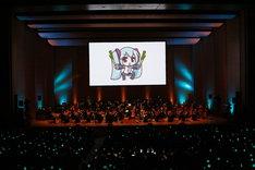「初音ミクシンフォニー2017」東京国際フォーラム ホールA公演の様子。(c)Crypton Future Media, INC. www.piapro.net