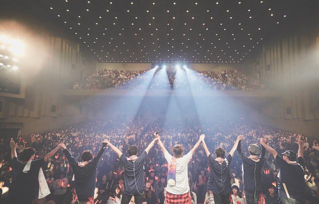 天月-あまつき-「やりたい放題ホールツアー Winter2017~2018」初日公演の様子。(Photo by Tatsuya Kawasaki)