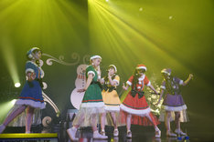 チームしゃちほこ「出張!冬の台場クリスマスライブ」の様子。