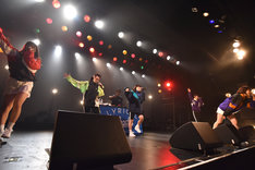 """「lyrical school one man live 2017 """"TAKE ME OUT""""」の様子。"""