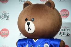 木村拓哉登壇「LINEのお年玉つき年賀スタンプ CM発表会」に登場したブラウン。
