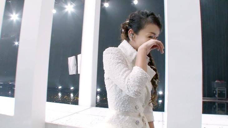 「第68回NHK紅白歌合戦」本番終了直後の安室奈美恵。