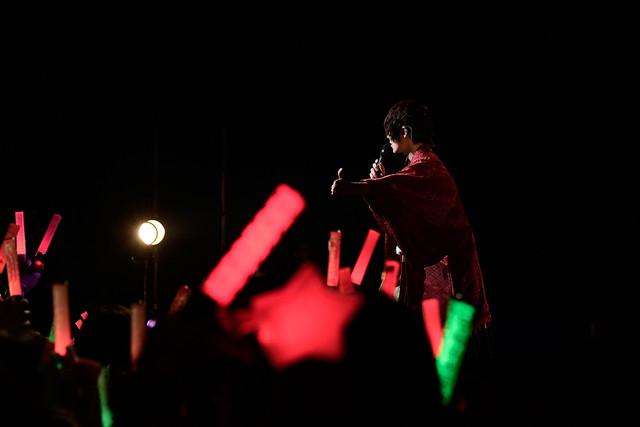 人気画像6位は「そらまふうらさか、25曲を届けた年越しライブで新年の幕開け祝う」より、あほの坂田。(撮影:小松陽祐[ODD JOB]、岡本麻衣)