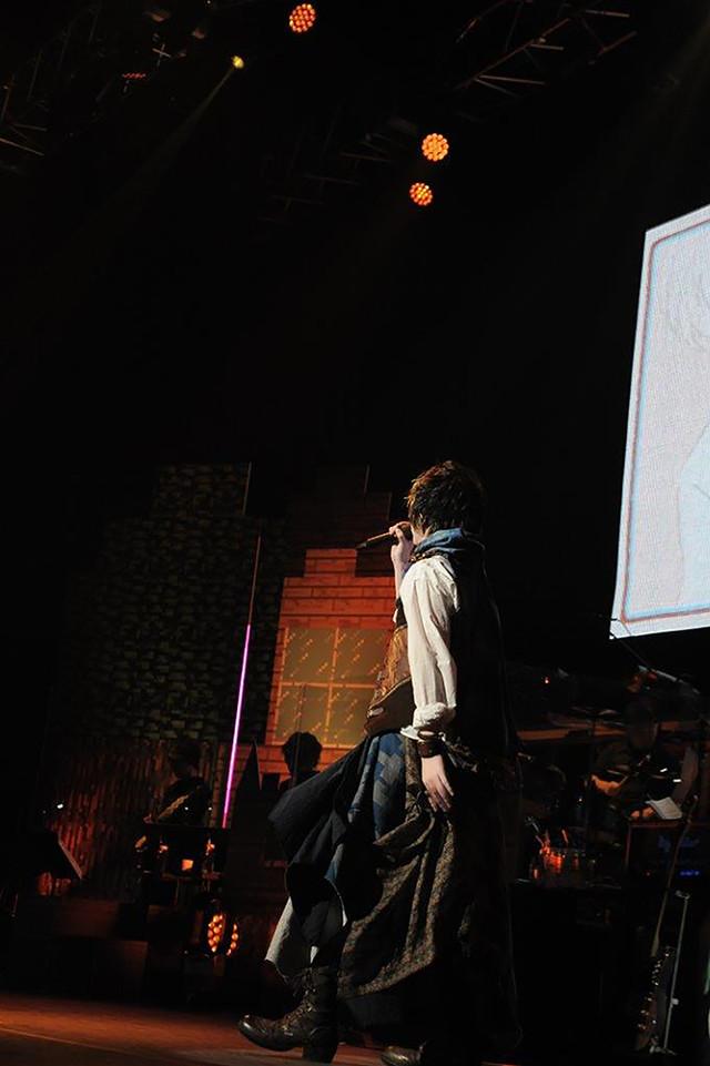 人気画像3位は「そらまふうらさか、25曲を届けた年越しライブで新年の幕開け祝う」より、そらる。(撮影:小松陽祐[ODD JOB]、岡本麻衣)