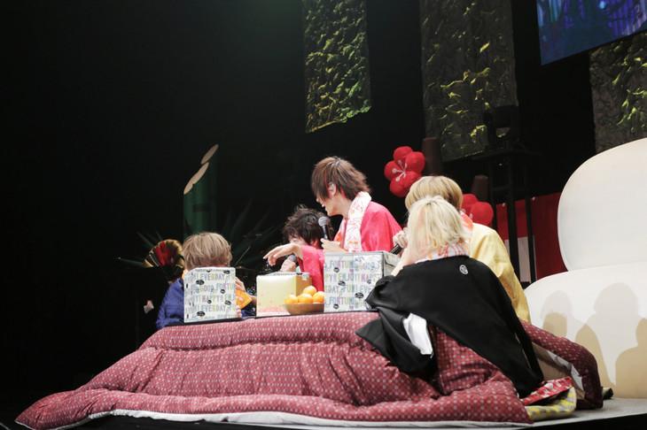 「新春SP!お餅な僕たち ~あけおめ!ことよろ!新年の御挨拶を添えて~」の様子。(撮影:寒川大輔)