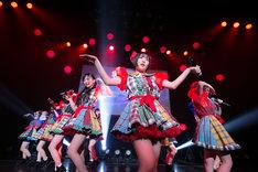 虹のコンキスタドール「2018 NEW YEAR RE[set1273/start1274]」東京・マイナビBLITZ赤坂公演の様子。(写真提供:キングレコード)