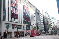 """EXOの""""渋谷ジャック""""の様子。"""